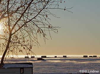 image of fish houses on Mille Lacs Lake